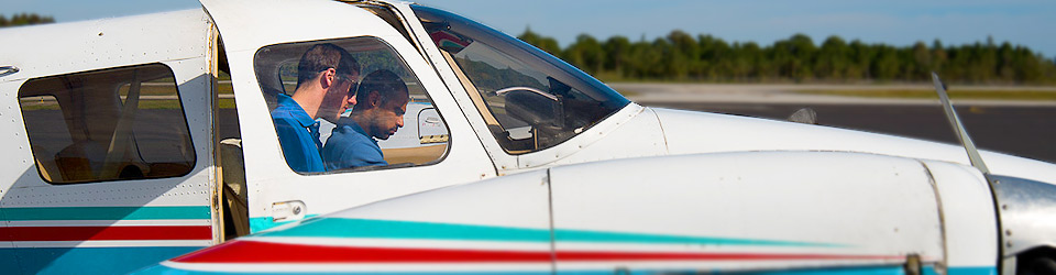 How To Become A Pilot: Flying Lessons, Flight School, Pilot